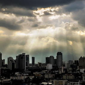 Ray of Light...UFO... by Chairelgibrant Othman - Landscapes Cloud Formations