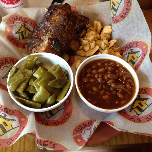 Ribs and Pork with green beans and baked beans!