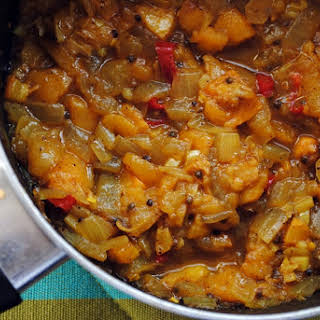 Loquat-Onion Chutney.