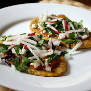 Huaraches with Black Beans and Radish.