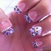 Hello Kitty Nail Design2