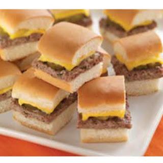Classic Mini Cheeseburgers