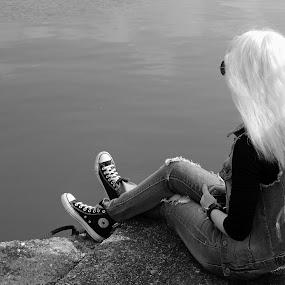 Girl by Irena Čučković - Black & White Portraits & People ( girl, sitting, black and white, danube, portrait, river )
