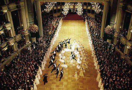 opera-ball-in-vienna - Opera Ball in Vienna, Austria.