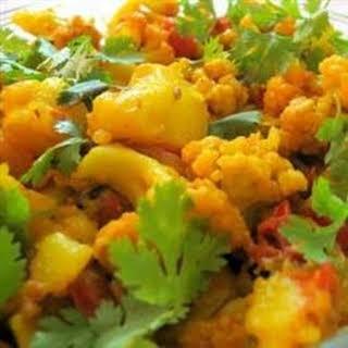 Aloo Gobi Masala (Cauliflower and Potato Curry).
