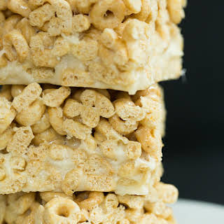 Honey Nut Cheerios & Banana Marshmallow Cereal Treats.