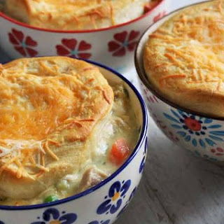 Chicken and Cheddar Biscuit Potpie