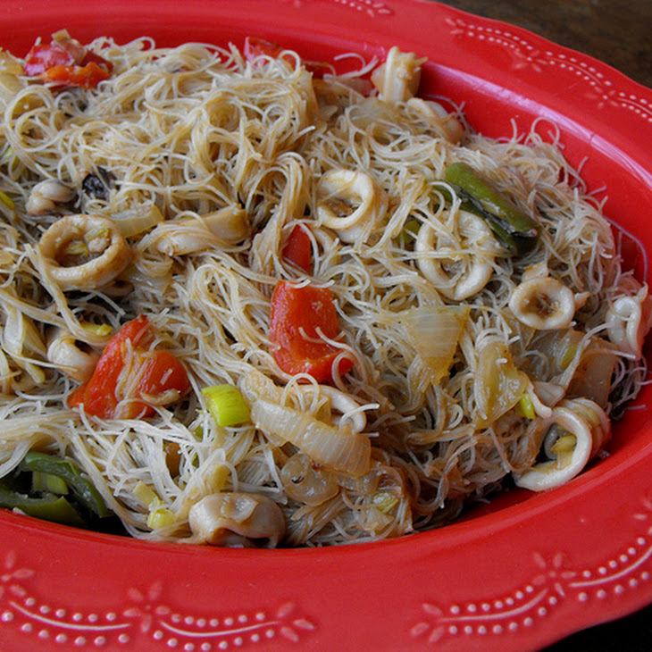 Rice Noodle and Squid Pasta