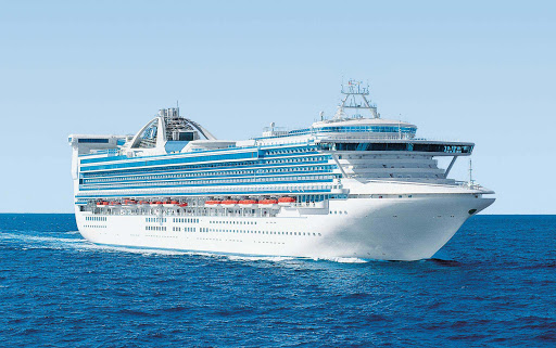 Golden-Princess - Golden Princess offers a rejuvenating retreat at sea with itineraries along the Paciifc coast, Australia and New Zealand.