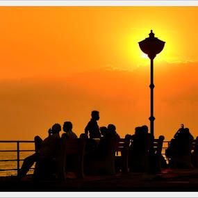 Dusk by Madhu Payyan Vellatinkara - People Street & Candids ( beach, golden hours, nikon, dusk )