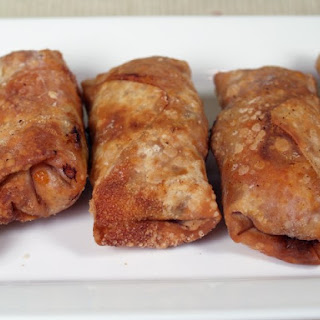 Sausage And Pepperoni Pizza Egg Rolls