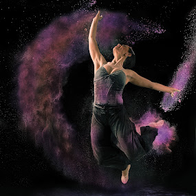 color dance  by Earl Wyant - People Portraits of Women