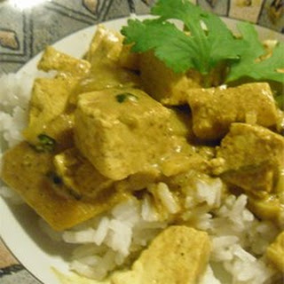 Indian Hot Curried Mangos with Tofu.