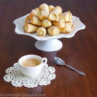 Custard Filled Pastry Horns Recipe (Funnels/Funiiki)