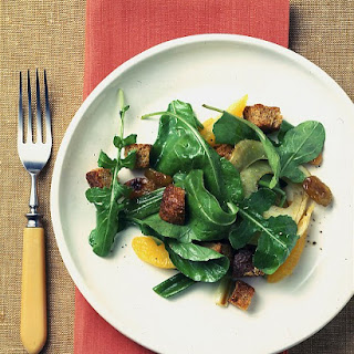 Arugula and Roasted-Vegetable Salad With Whole-Grain Croutons