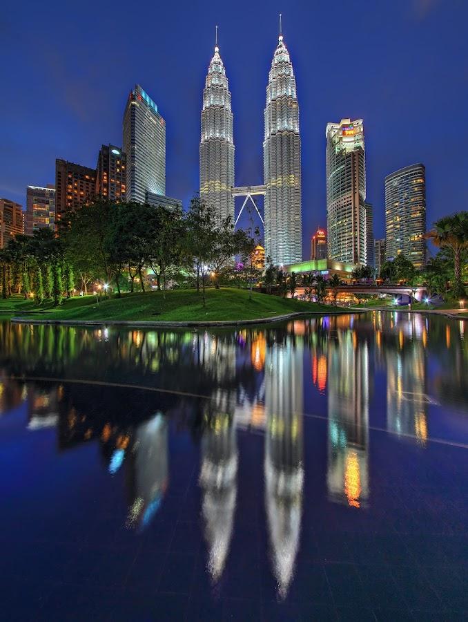 The towers of Kuala Lumpur by Afiq Ab Rahman - Buildings & Architecture Office Buildings & Hotels ( klcc, vertorama, hdr, park, nightline, malaysia, kuala lumpur )