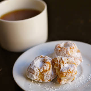 Chewy Almond Macaroons.