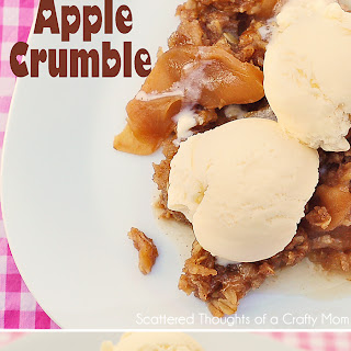 Slow Cooker Apple Crumble.