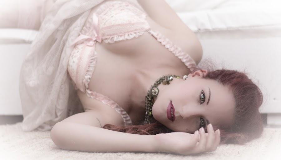 Dream by Fernanda Magalhaes - Nudes & Boudoir Boudoir ( dream, boudoir, woman, sensuality, soft )