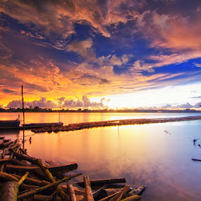 Sunset Sekura by Eris Suhendra - Landscapes Sunsets & Sunrises ( clouds, blue sky, sky, indonesia, sunset, kalimantan, landscape, nikon, river,  )