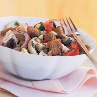 Vegetable Panzanella with Tuna