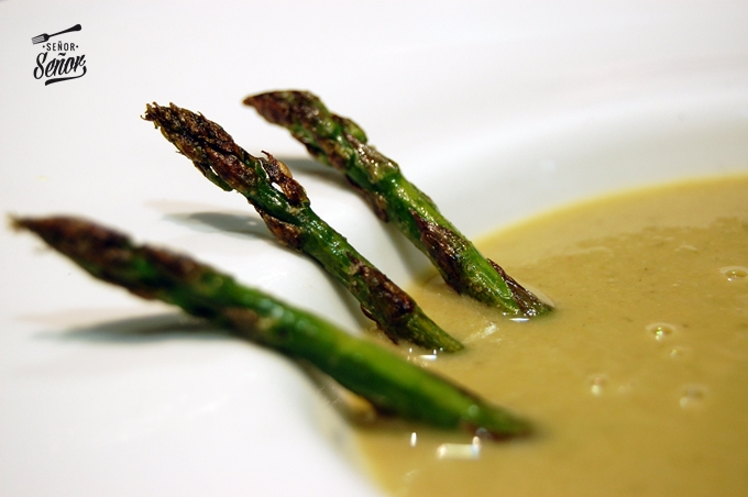 Wild Asparagus and Shrimp Cream Recipe