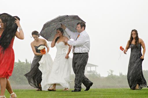rained out bride wedding pixoto