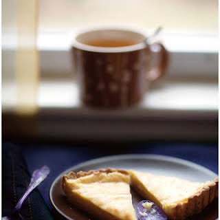 Vanilla and Cardamom-Flavored Flan Tart.