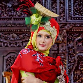 batik pring sedapur by Arief Wijayanto - People Portraits of Women