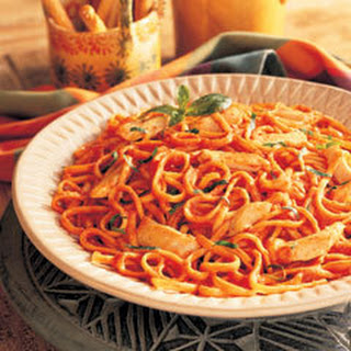 Chicken & Linguine In Creamy Tomato Sauce.