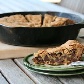 Skillet Chocolate Chip Cookie