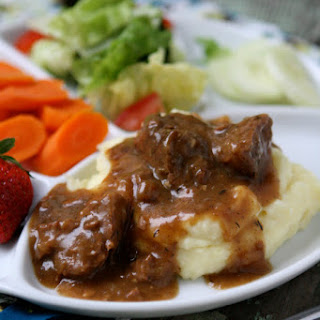 Slow Cooked Tri Tips & Gravy with Mashed Potatoes