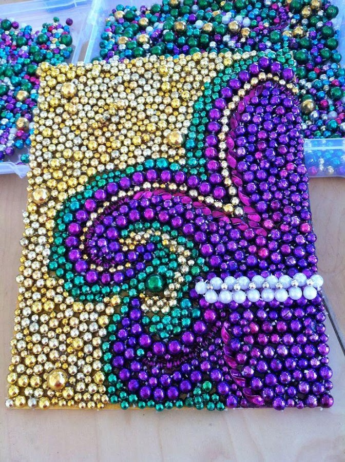 Arts And Crafts With Mardi Gras Beads