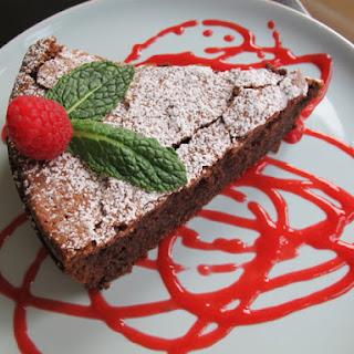 Chocolate Crackle Cake