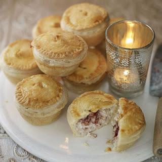 Mini Turkey & Cranberry Pies.