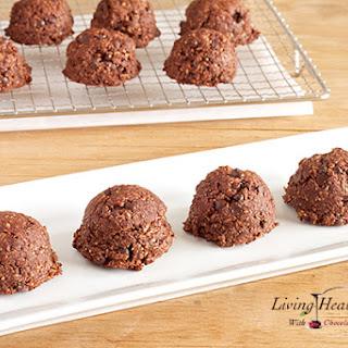 Paleo Dark Chocolate Macaroons (egg, dairy, gluten, grain free)