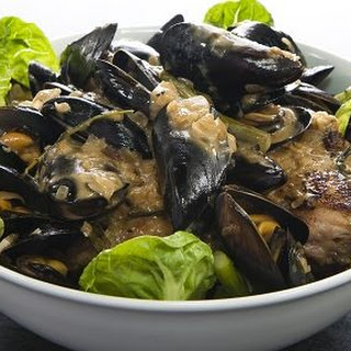 Chicken with Mussels in Cider Sauce Recipe