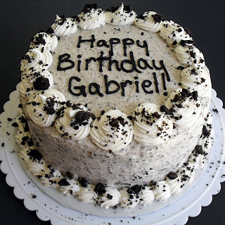 Oreo Cookie (or Cookies 'n Cream) Cake