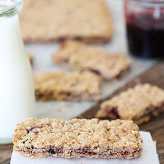 Whole Grain Fruit-Filled Bars