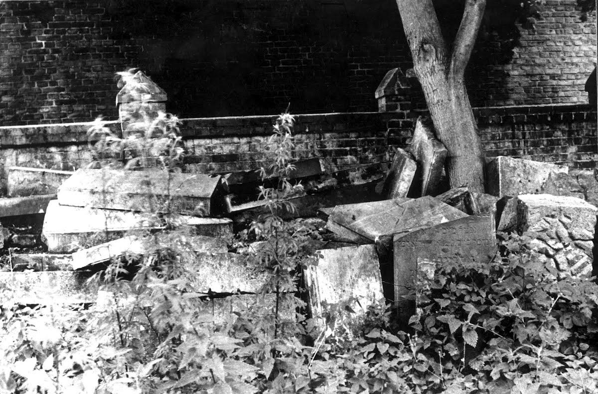 Bildergebnis für Trzebiatow jewish cemetery