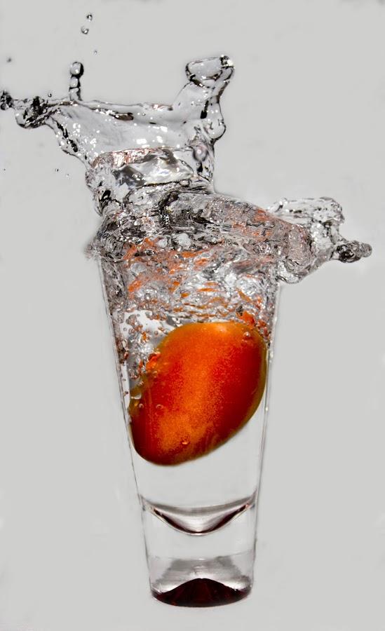 Splashhhhhh...... by Rajeev Krishnan - Abstract Water Drops & Splashes ( abstract, water, splash, abstract art, water splash )
