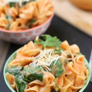 One Pot Creamy Spinach Noodles.