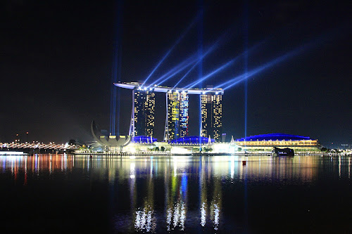 Dancing Light by Rully Kustiwa - Buildings & Architecture Public & Historical ( canon, marina bay sands, travel, singapore, , city, night )