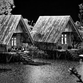 Choiva by Max Bowen - Black & White Buildings & Architecture