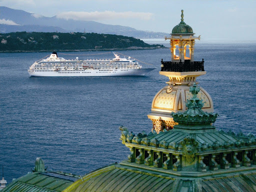 Crystal-Symphony-Monte-Carlo - Monte Carlo is dazzling in the morning, as Crystal Symphony alights in the bay.