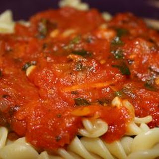 Slow Cooker Spinach Marinara Sauce