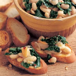Crostini with White Beans, Garlic and Tuscan Kale.