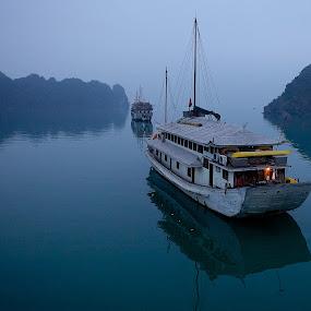 Stiil of Dawn by Christopher Harriot - Transportation Boats ( junks, dawn, sea, vietnam, halong bay )