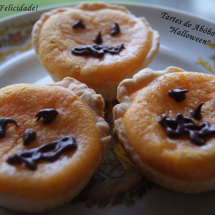 Pumpkin and Cream Cheese Pies