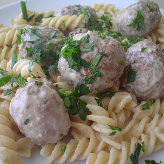 Pasta with Meatballs and Mustard Sauce.